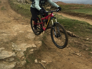 Summer cycling in the Peaks