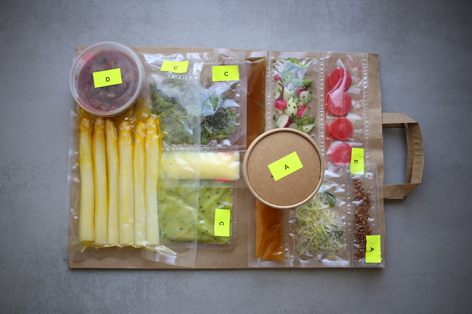 Menu-Data-Kitchen_vakumiert.jpg