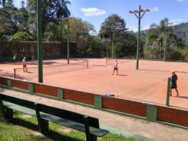 tenis_pq.jpg
