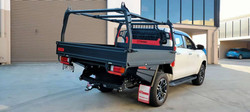 GTWORKS GARY HILUX TRAY SET UP