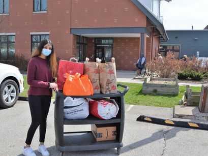 8th Grader, Caroline, organizes food drive!