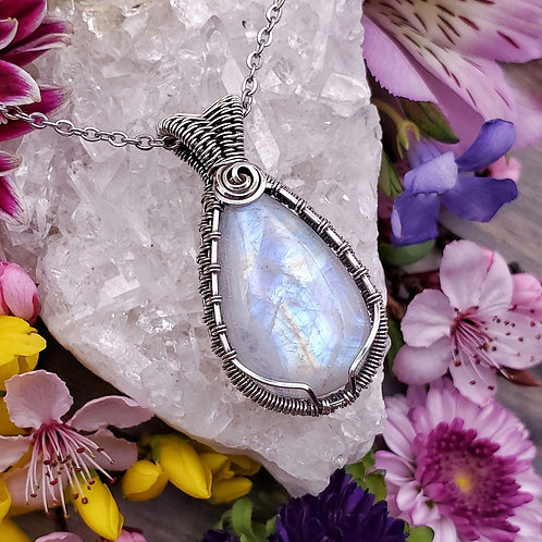 Rainbow Moonstone in Woven Silver Frame