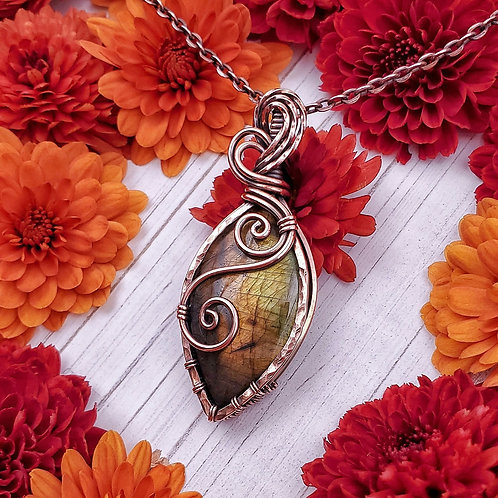 Golden and Green Labradorite Leaf Pendant in Hammered and Swirly Copper Frame
