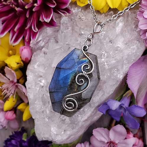 Faceted Labradorite Pendant in Swirly Silver