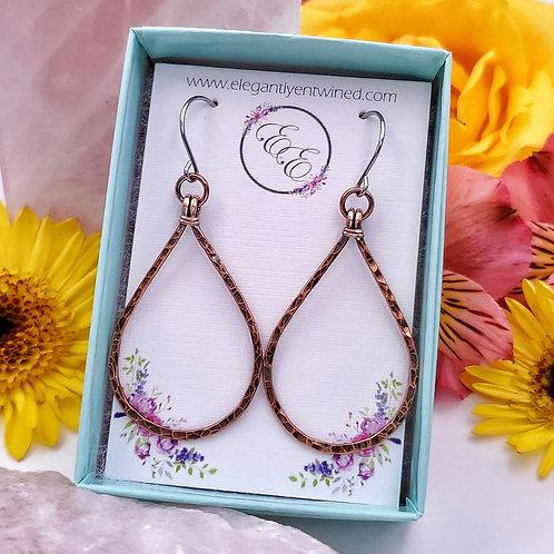 Minimal Teardrop Earrings in Hammered Copper (2 inch)
