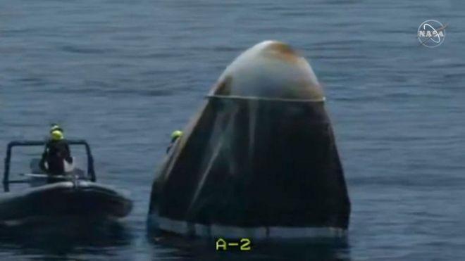 Los astronautas de la nave espacial de la NASA y SpaceX amerizan con éxito en el golfo de México
