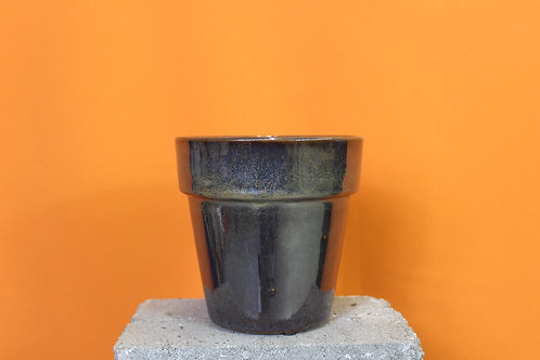 Metallic glaze pot
