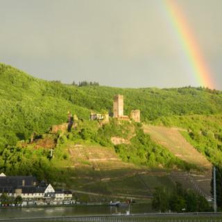 Regenbogen_über_Beilstein.JPG