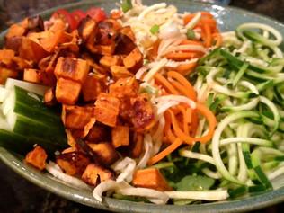{Beautiful} Zucchini & Yam Veggie Bowl