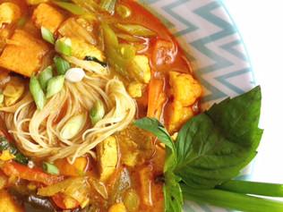 Khao Soi {Northern Thai Soup}