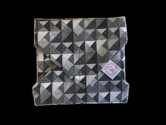 ÉLELMISZERBIZTOS ÚJRASZALVÉTA - Háromszögek