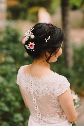 Bridal hair, messy bridal hair updo, garden style weddings, provence weddings