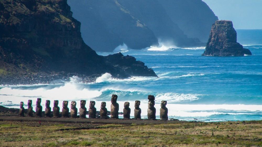 easter-island-moai-1530768241-1000X561