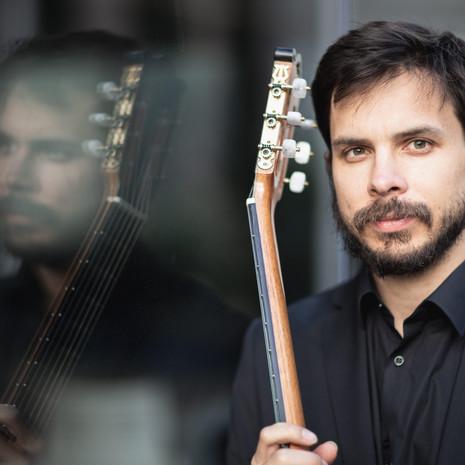Jeremy Bass, guitar