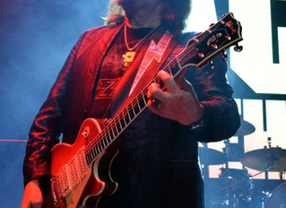Fantasm Extra! Exclusive Shots of Ace Frehley Live from Our Archive!