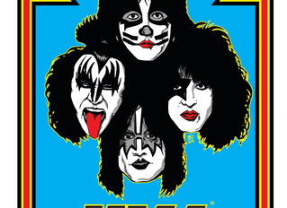 KISS Foil Chase Card Now Shipping With KISS: The Official Magazine Only At Fantasm Media