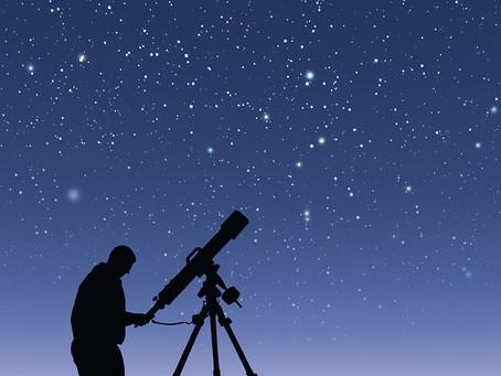 Elderly Care Fun: Tips for Enjoying the Celestial Skies on Meteor Day