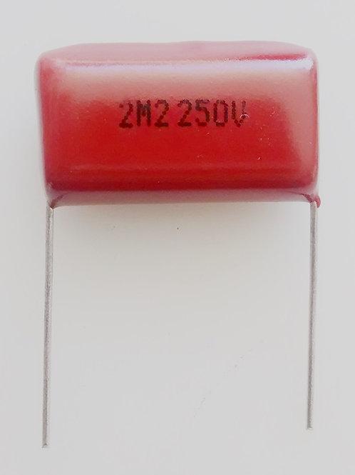 Capacitor poliester bipolar 22uf x 250V 5 para tweeter  marrom