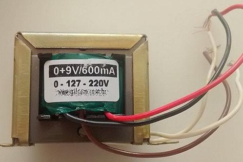 Transformador 09V 800mA 110  220V AC  Marca Gilson