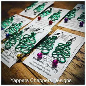 Yappers Chappers Designs Twisted Eleganc
