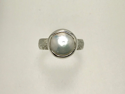 Sterling and Freshwater Coin pearl Ring