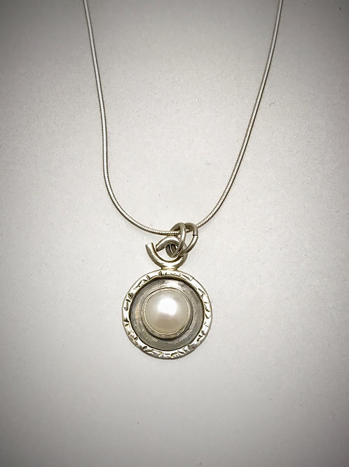 Sterling Freshwater Pearl frame Necklace