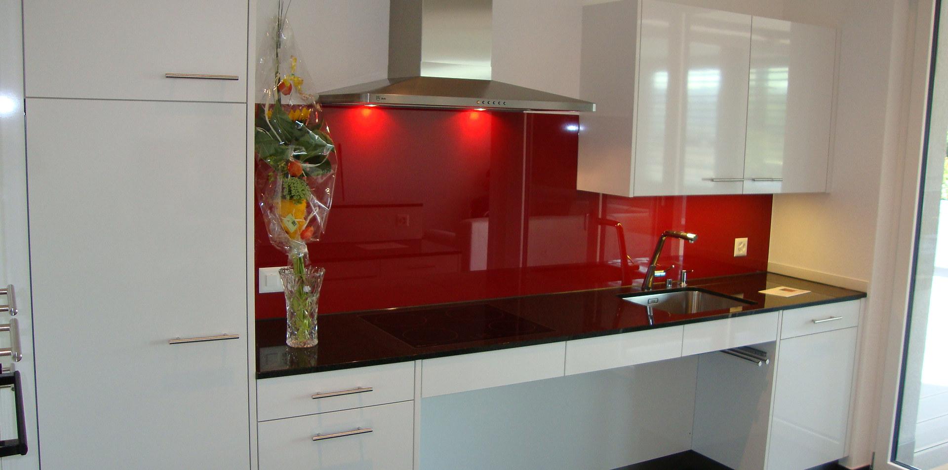 Einbauküche in Nebikon