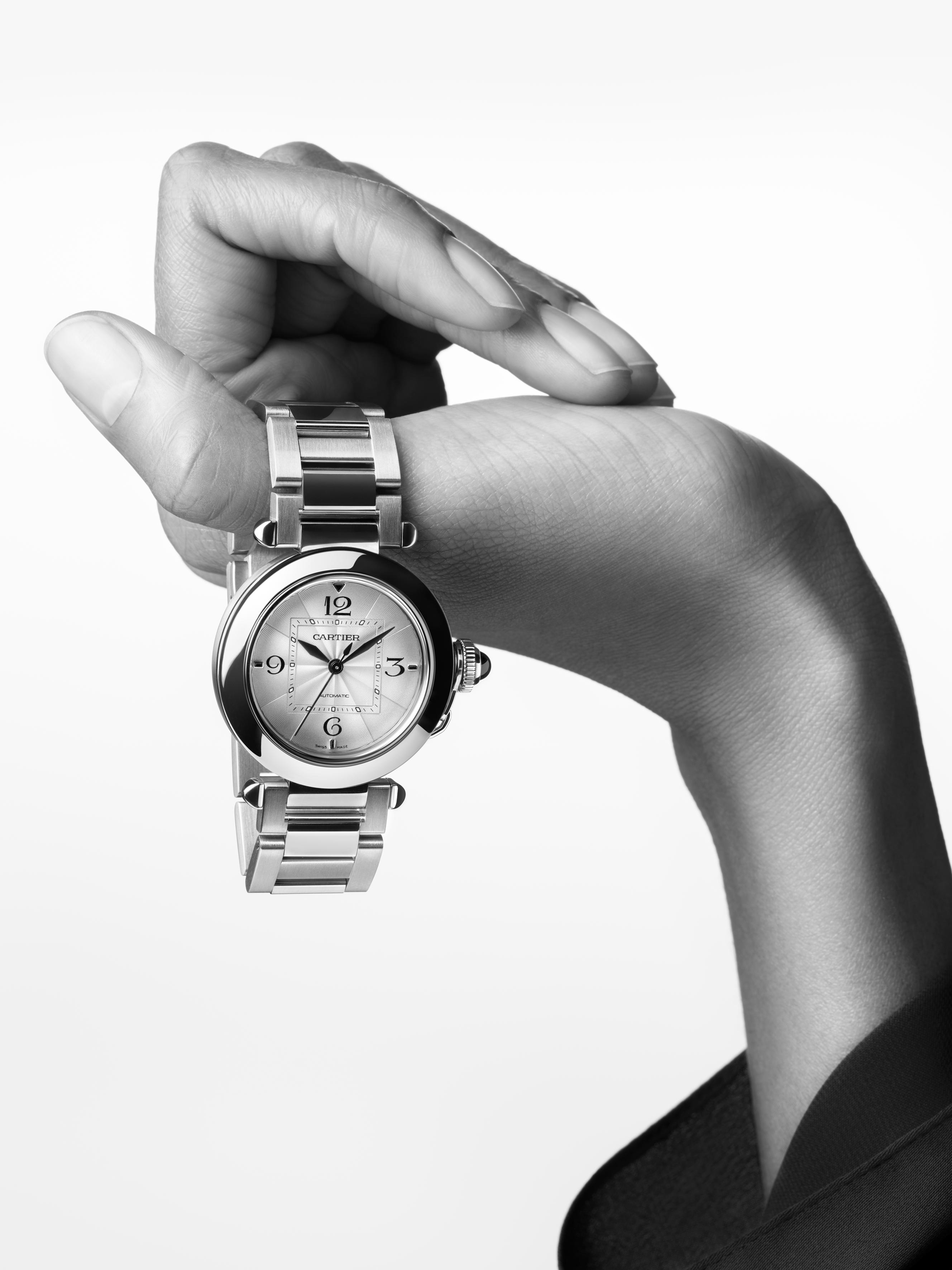 Pasha de Cartier Uhr in Stahl