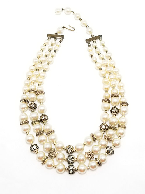 Neckwear, necklace with triple strand white glass pearls and rhinestone beads