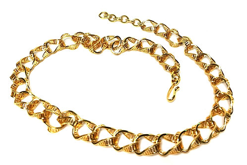 Designer by Monet, patterned links, gold tone, 21 inches.