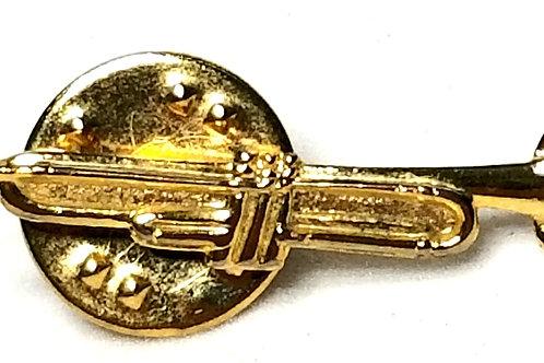 Designer by Provenance, tie tack, trumpet motif, gold tone, 1/4 x 1 inch.