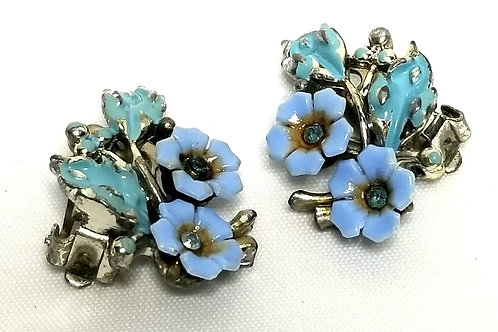 Designer by Coro, earrings, clip on, flower motif, blues.