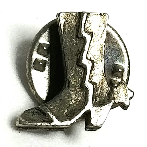 Designer by Provenance, tie tack or pin, cowboy boot motif, silver tone, 1/2 in.