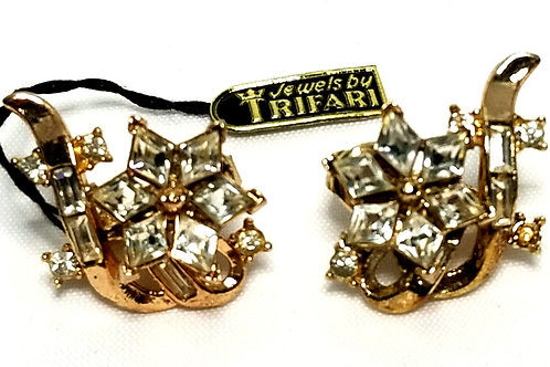 Designer by Crown Trifari, earrings, clip on floral motif, clear rhinestones.