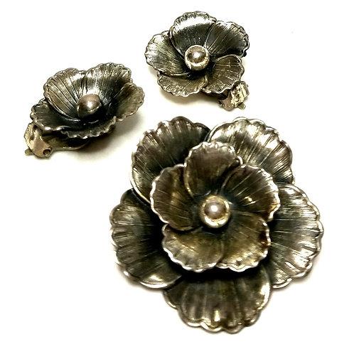Designer by Beau, set, brooch and earrings, flower motif, marked Sterling