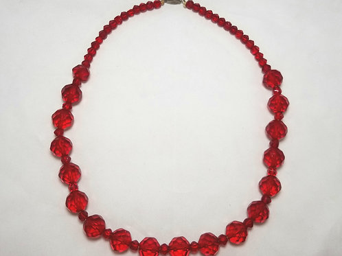 """Made in Czechoslovakia necklace, red, graduated faceted beads, gold tone, 19"""""""