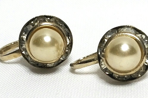 Designer by Coro, earrings, screw back faux pearls with clear rhinestones.