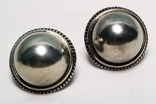 Designer by Margenta Buonanno, earrings, clip on silver tone cabochons, 1 inch.