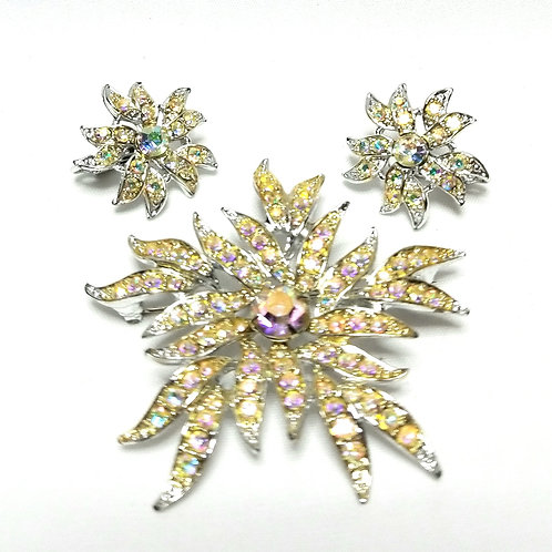 Designer By Sarah Cov, set, brooch and earrings, clip on floral motif rhinestone