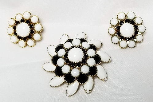 Designer by Judy Lee, set, brooch and earrings, black and white flower motif