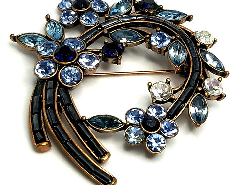 Designer by provenance, brooch, flower motif, blue and clear rhinestones.
