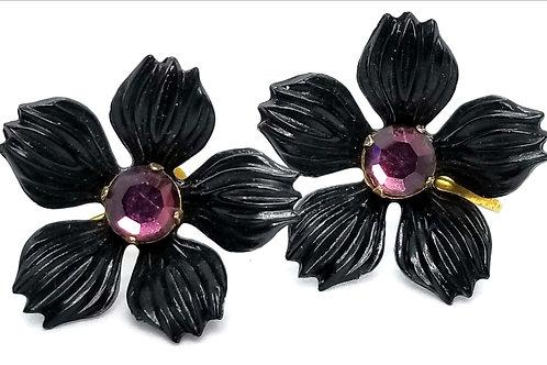 Designer by provenance, earrings, screw back flower motif, black, pink stones.