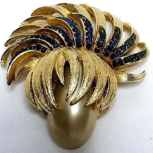 Designer by Coro, brooch, spray motif with blue rhinestones, faux pearl.