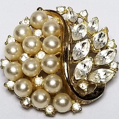 Designer by Trifari, brooch, clear rhinestones and faux pearls 1 3/8 inches.