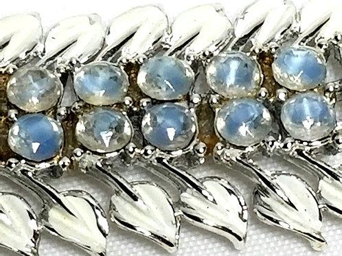 Designer by Coro, bracelet, moonstone like glass stones, white enamel.