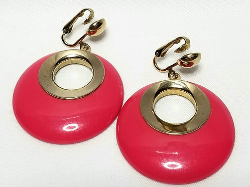 Designer By Sarah Cov, earrings, clip on pink round cabochons, in gold tone.
