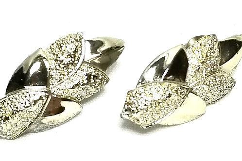 Designer by Coro, earrings, clip on, leaf motif, silver tone 1/2 x 1 1/4