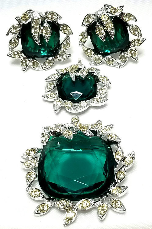 Designer By Sarah Cov, set, brooch, pendant and earrings, emerald green colored