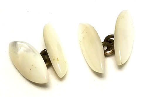 Designer by Provenance, cuff links, Mother of Pearl in gold tone, 3/4 inch.