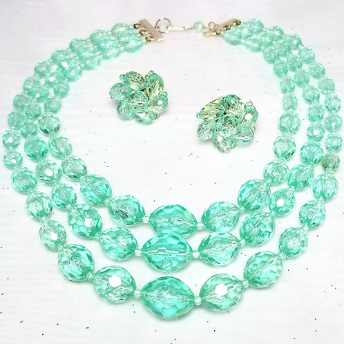 Designer Hong Kong, set, necklace and earrings, green crystal beads 15 1/2 inch